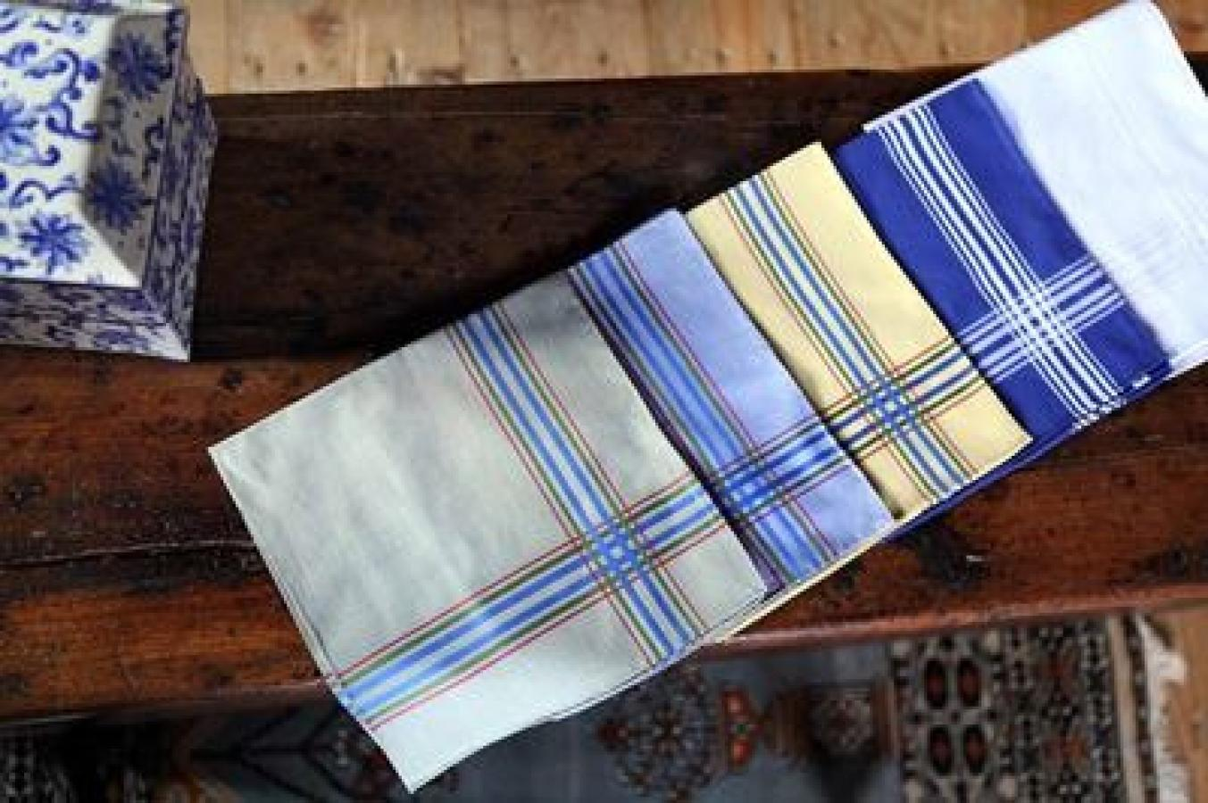 SIMONNOT-GODARD - The last French creators of cambric handkerchiefs and luxury linen